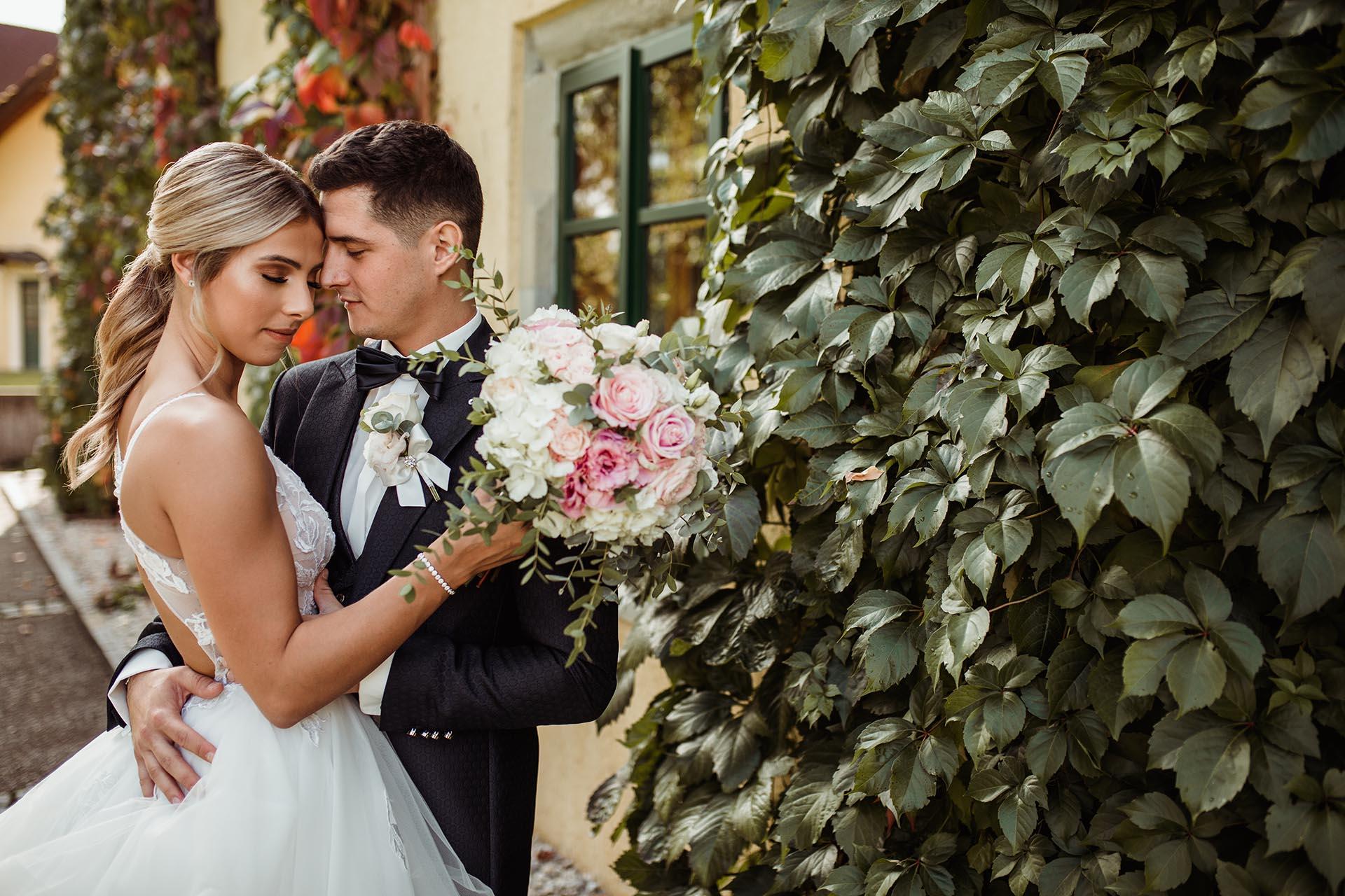 Wedding Lovely Moment